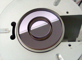 Calibration of the Gannen probe series is performed on a differential laser interferometer setup, developed at the Precision Engineering section at the TU/e, here shown from the top.